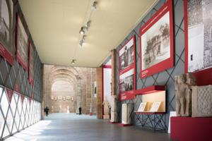 Visita a Exposición Temporal: Arrecifes del Tiempo. Arqueología, Fotografía y Literatura en Mérida