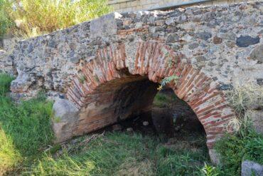 """Visita a los restos arqueológicos del """"pozo de nieve"""""""